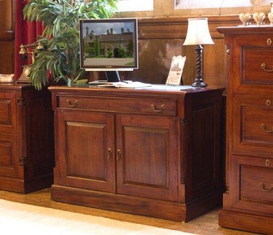 Baumhaus La Roque Hidden Home Office Desk2