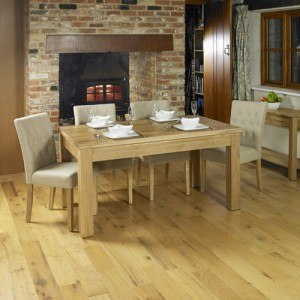 Baumhaus Mobel Oak Extending Dining Table-