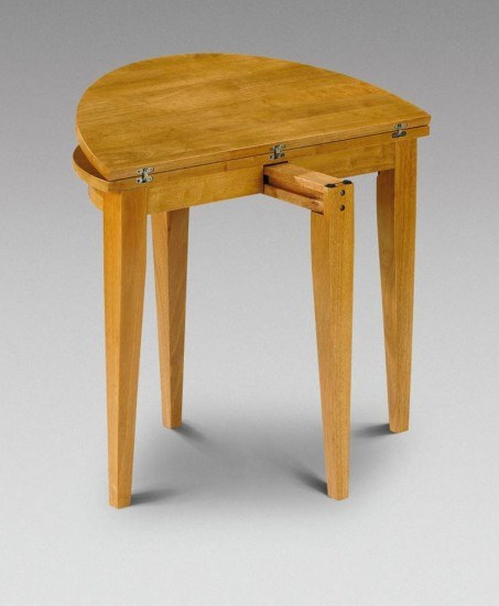 Julian Bowen Consort Honey Pine Dining Table