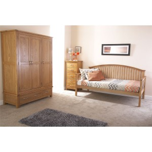 GFW Madrid Wooden Day Bed -