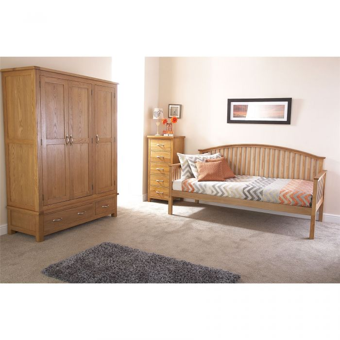GFW Madrid Wooden Day Bed